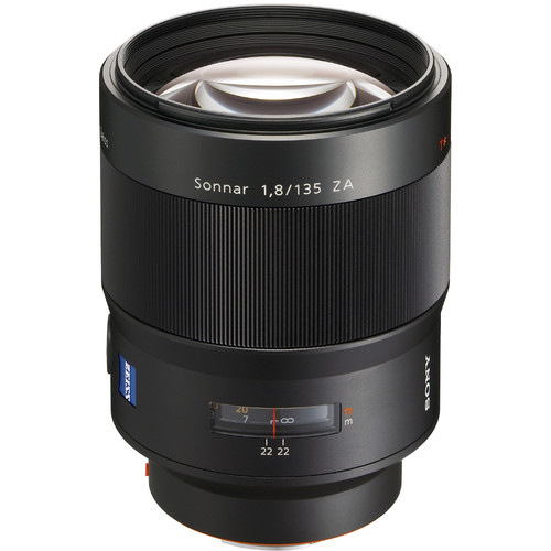 Sony 135mm f:1.8 Carl Zeiss T* lens