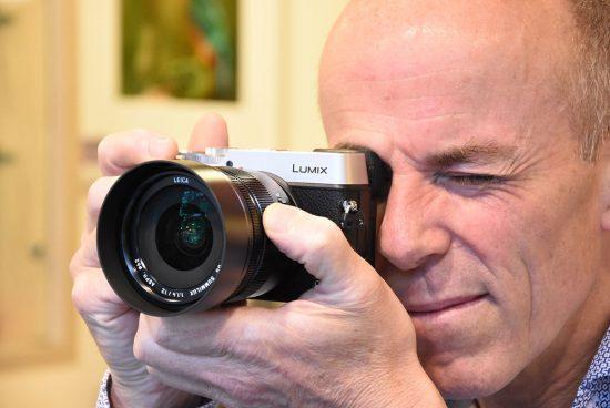 Panasonic-Leica-DG-Summilux-12mm-f1.4-ASPH-lens-9