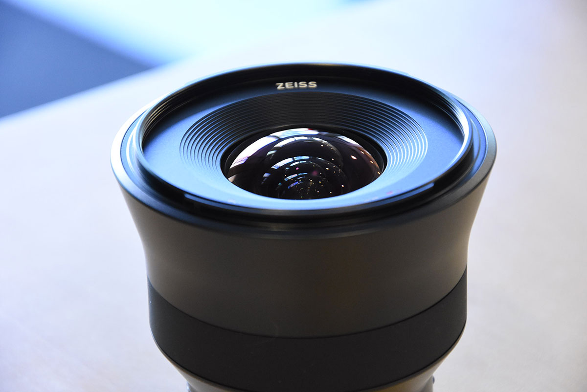 Zeiss-Batis-18mm-f2.8-lens-3