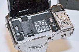 Fuji-X-A3-mirrorless-camera-3