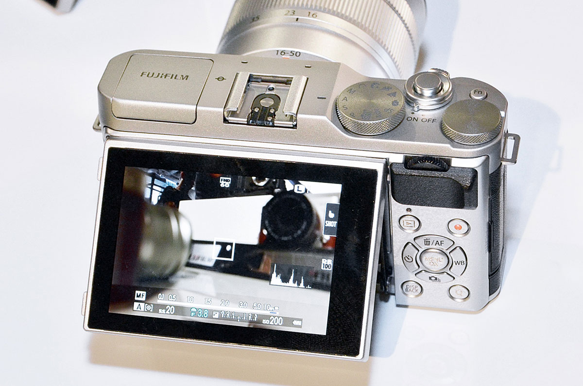 Fuji X-A3 camera delayed again? - Photo Rumors