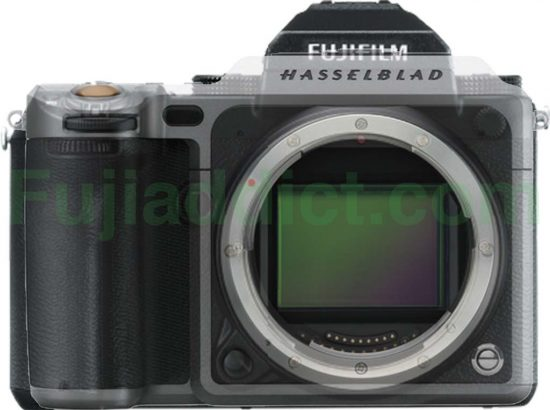 fuji-gfx-50s-vs-hasselblad-x1d-50c-size-comparison