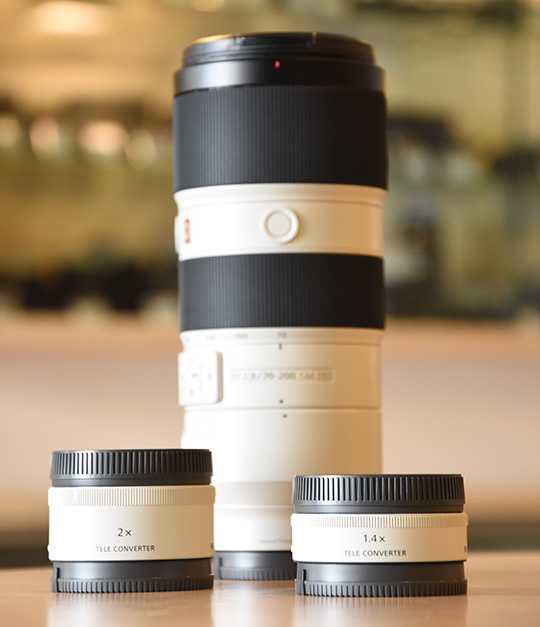 sony-fe-70-200mm-f2-8-gm-oss-lens-2