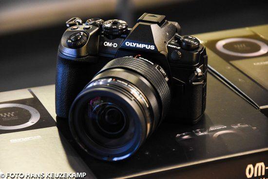 olympus-om-d-e-m1-mark-ii-camera-2