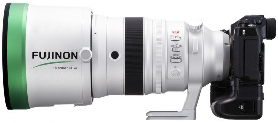 Fujifilm Fujinon XF 200mm f/2 OIS WR lens will start shipping next week, first unboxing video