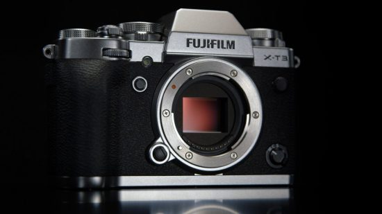 Fuji X-T3 now available for pre-order, additional coverage