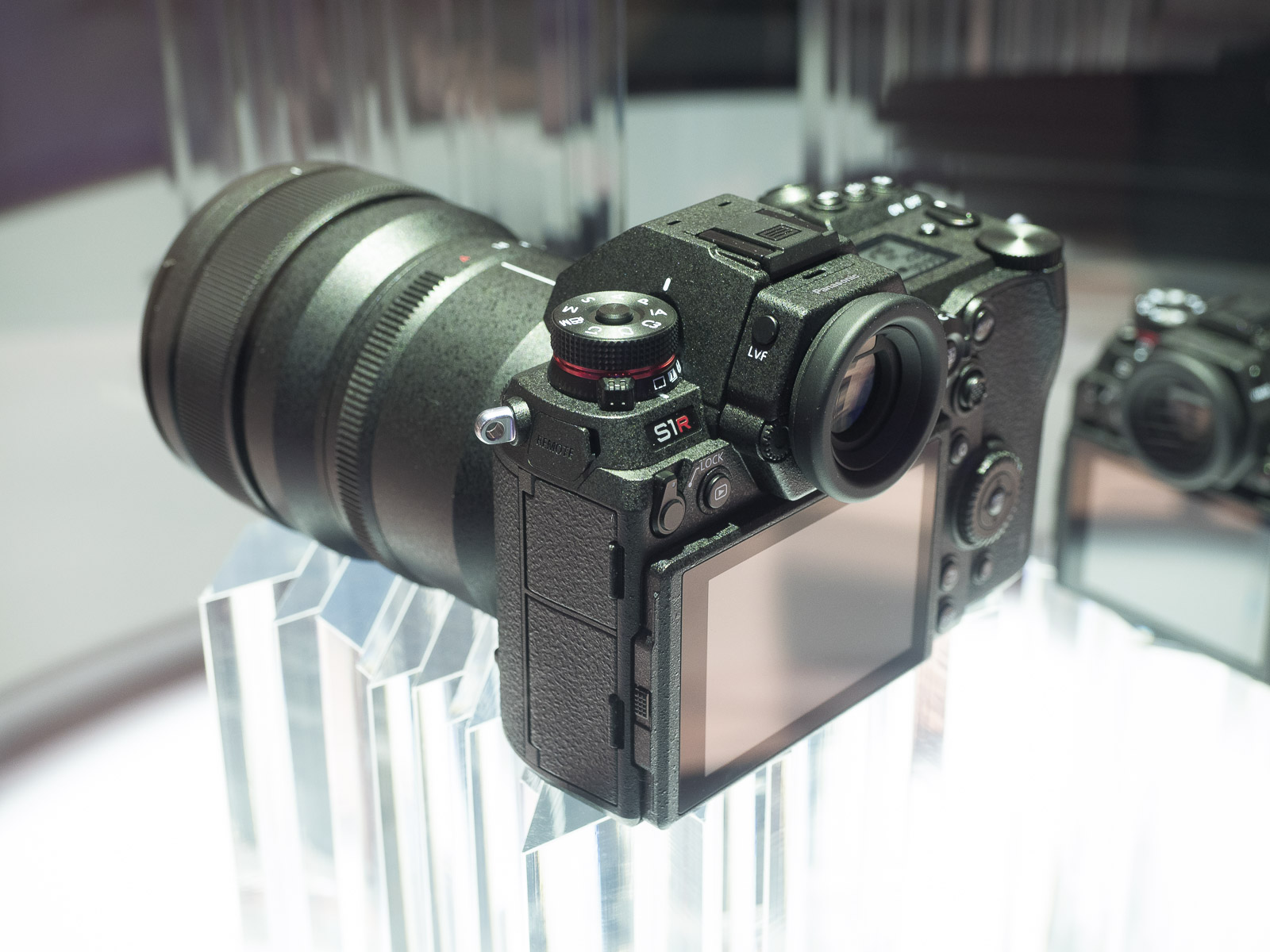 000cd5782a ... Sankei - one of the largest media companies in Japan) recently reported  that the prices of the upcoming Panasonic S1 S1R full-frame mirrorless  cameras ...