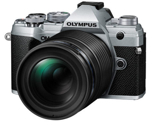 Olympus 40-150mm F4.0 PRO Lens on OM-D E-M5 III